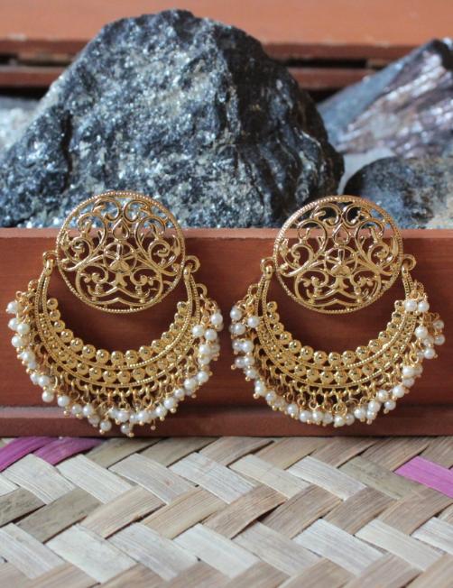 Circular Stud Style Earrings | Kauracious.com