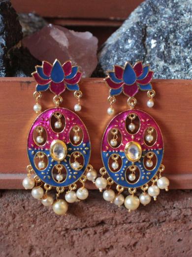 Lotus stud shaped kundan studded meenakari earrings | Kauracious.com