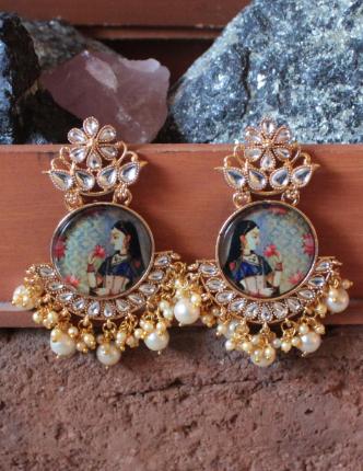 Regular Kundan Studded Padmavati Earrings | kauracious.com