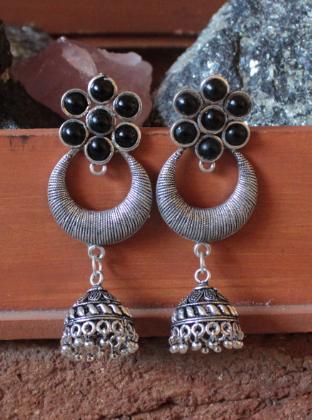 Folral Pattern black stone studded long oxidised earrings | Kauracious.com