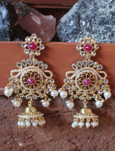 Regal inspired regular kundan & pearl studded long earrings | kauracious.com