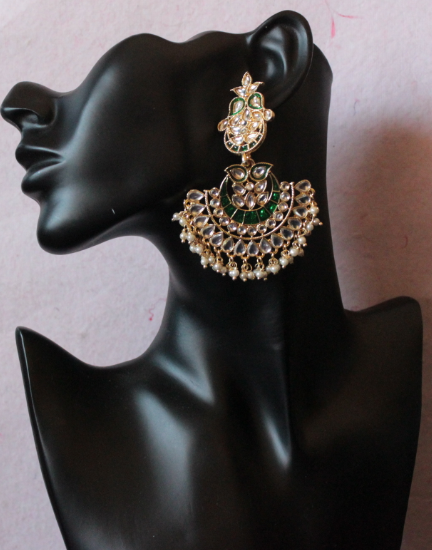 Regal inspired regular kundan studded meenakari earrings   Kauracious.com