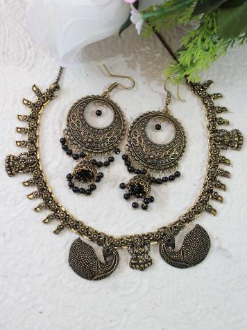 Laxmi Carved oxidised necklace set   kauracious.com