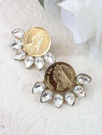 Coin Shaped Studs | kauracious.com