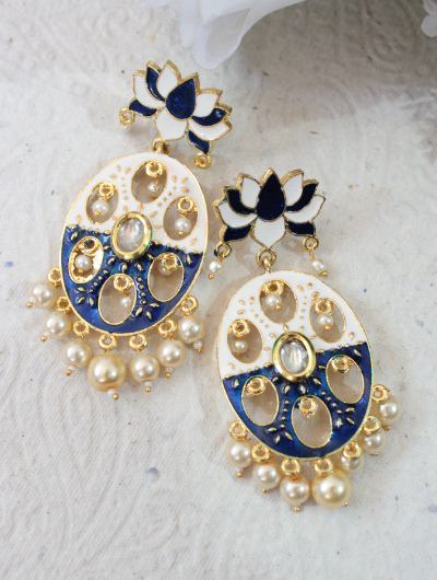 Lotus stud shaped kundan studded meenakari earrings | kauracious.com