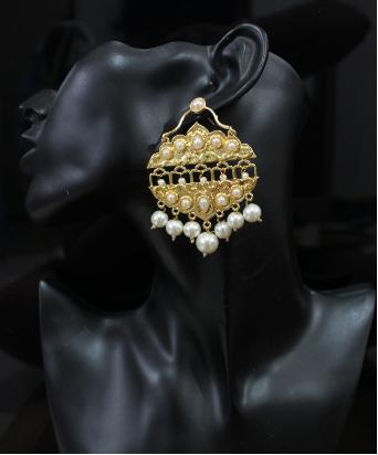 Pearl studded traditional earrings   Kauracious.com