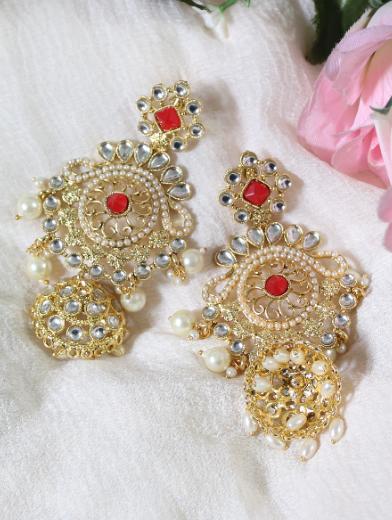 Regal inspired regular kundan & pearl studded long earrings | kauracious.com
