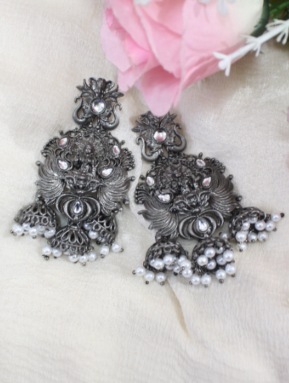 Black Matte Laxmi Carved Tripple Jhumki Earrings | Kauracious.com