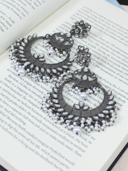 Black metal Traditional Layered Earrings | Kauracious.com