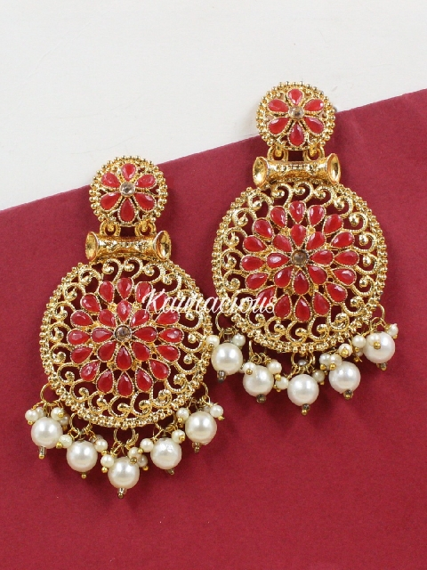 Red & Gold toned traditional kundan earrings | kauracious.com