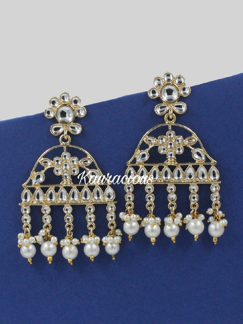 Traditional kundan earrings with faux pearl work | kauracious.com