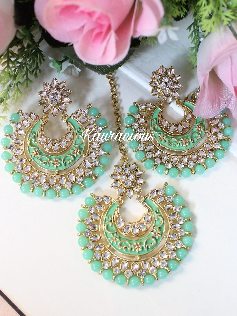 Light Green Kundan and meenakari Oversized maang tikka set | kauracious.com