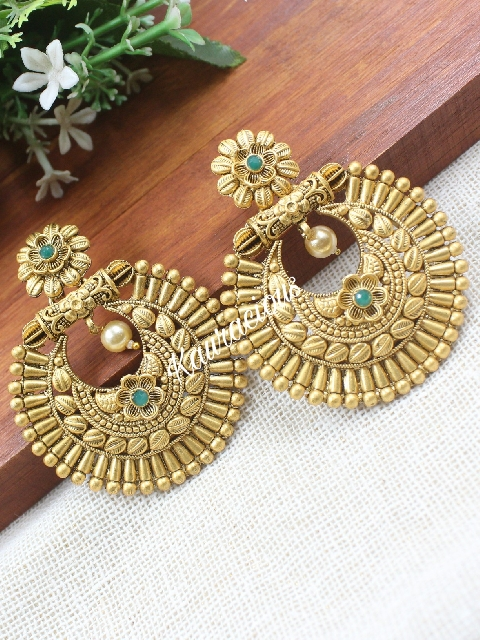 Copper Polished Traditional Earrings | Kauracious.com