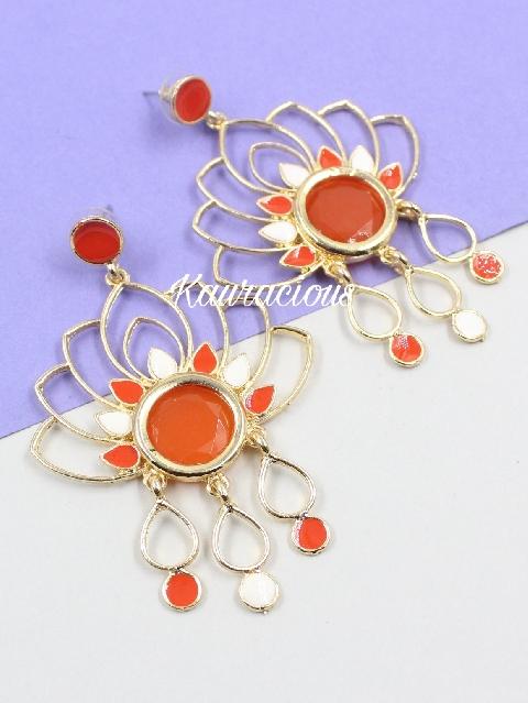 Floral shaped fashion earrings | kauracious.com