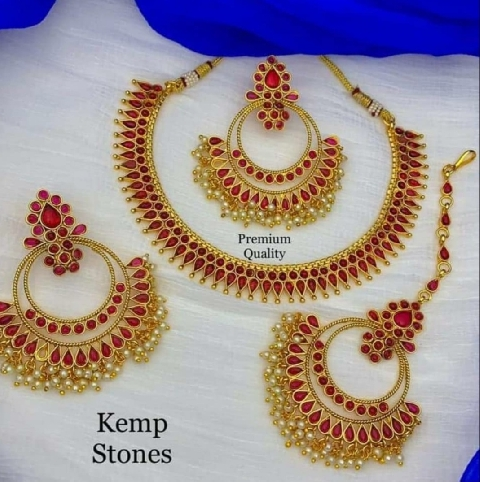 Kemp Jewellery Necklace set | Kauracious.com