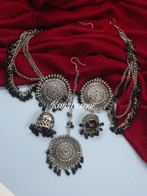 Black Beads studded Oxidized Bahubali set | kauracious.com