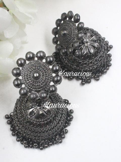 Oversized Black Jhumka | Kauracious.com