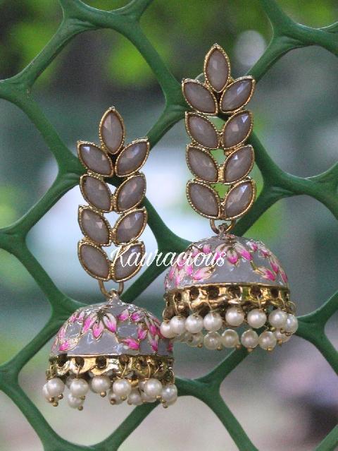 Floral Layered Grey Meenakari Jhumka Earrings | Kauracious.com
