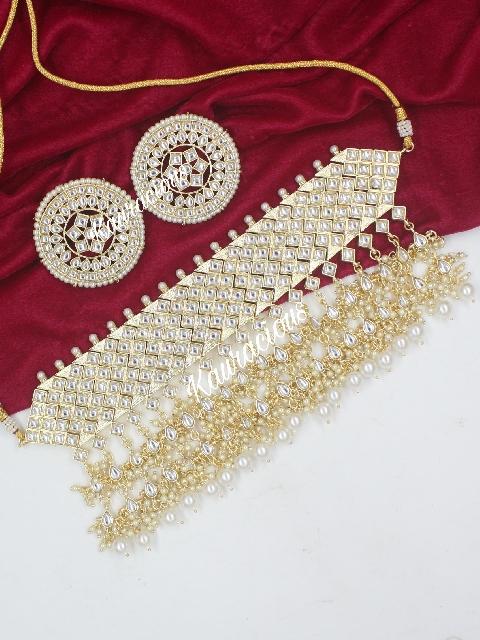 Semi Bridal Kundan Choker Set with STuds | kauracious.com