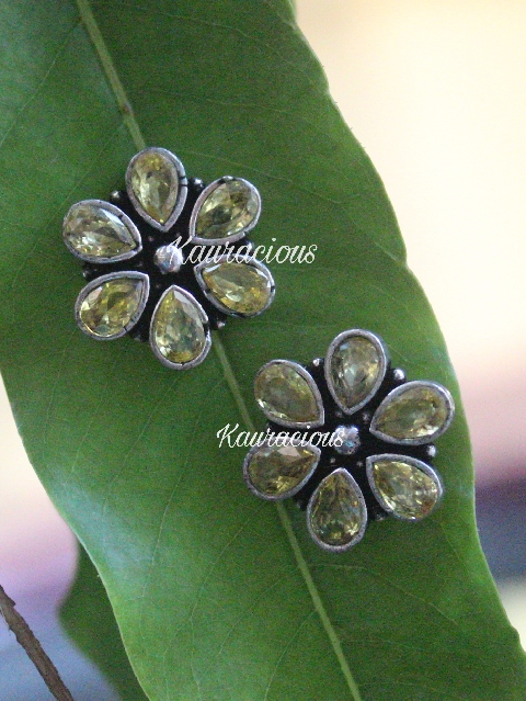Brass Based Floral Small Studs Earrings | kauracious.com