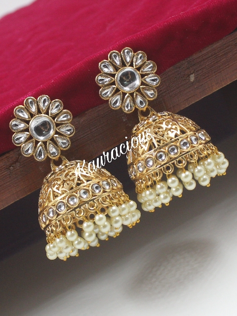 Medium sized jhumka earrings | kauracious.com
