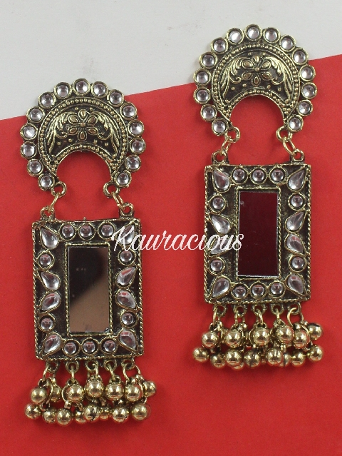 Gold Oxidized Mirror Chandbali Earrings | kauracious.com
