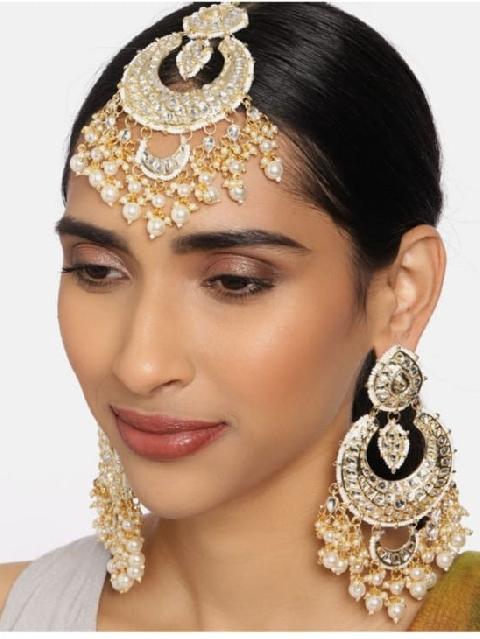 Mehermaah Earrings & Mangtikka Set | kauracious.com