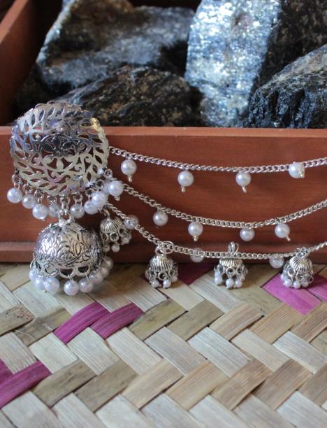 Silver Dome Shaped Bahubali Earrings | kauracious.com
