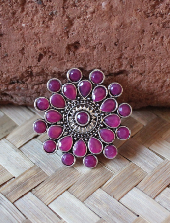 Floral Shaped artificial stone studded oversized ring | kauracious.com